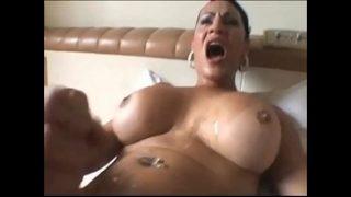 auto-compilation faciale transexuelle